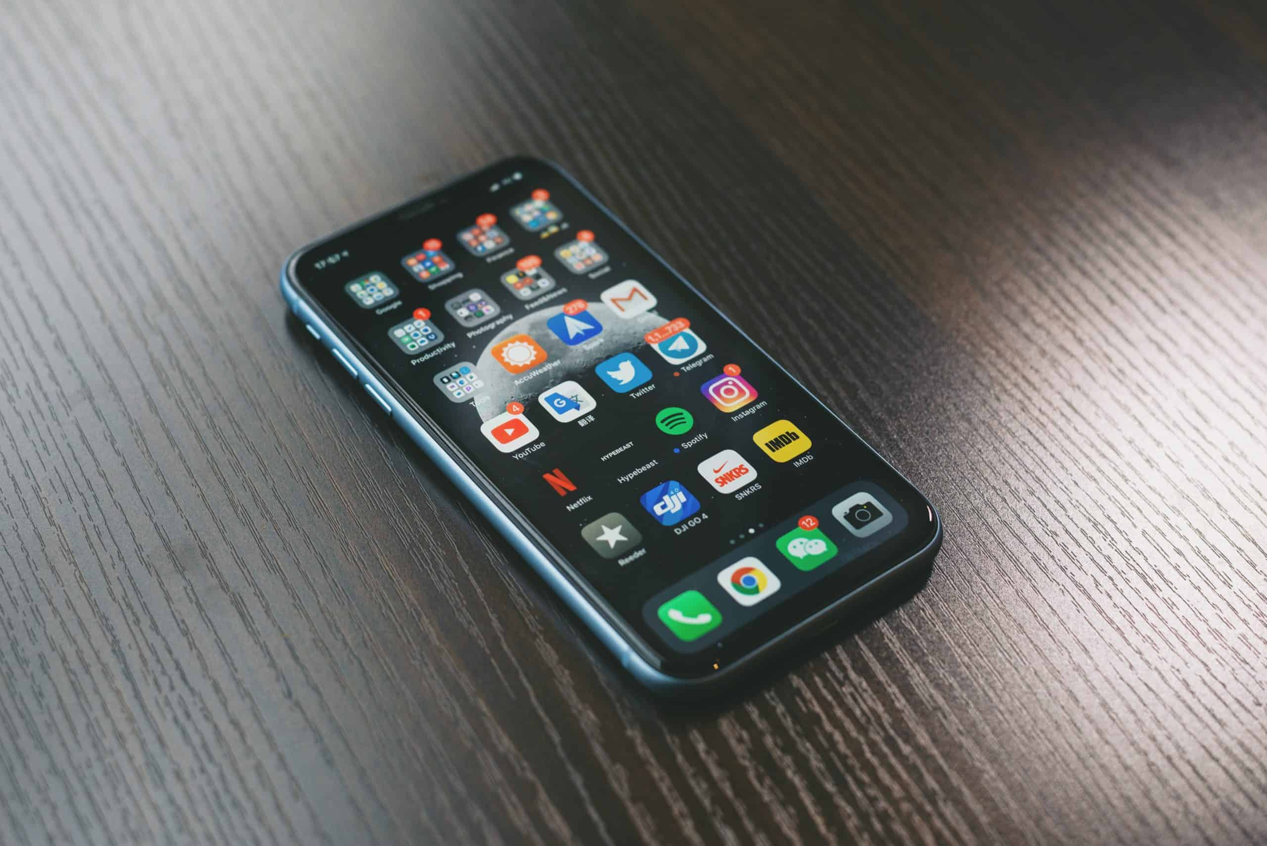 Which Mobile Phone To Choose? In Detail